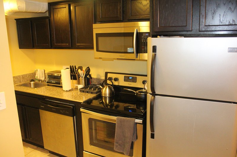Inauguration Home - Private Home in DC with Parking, holiday rental in Hyattsville