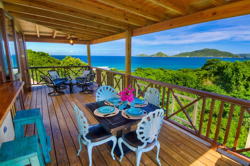 Surfside Gardens - Spectacular Ocean Views, Steps Away from the Surf, holiday rental in Little Trunk Bay