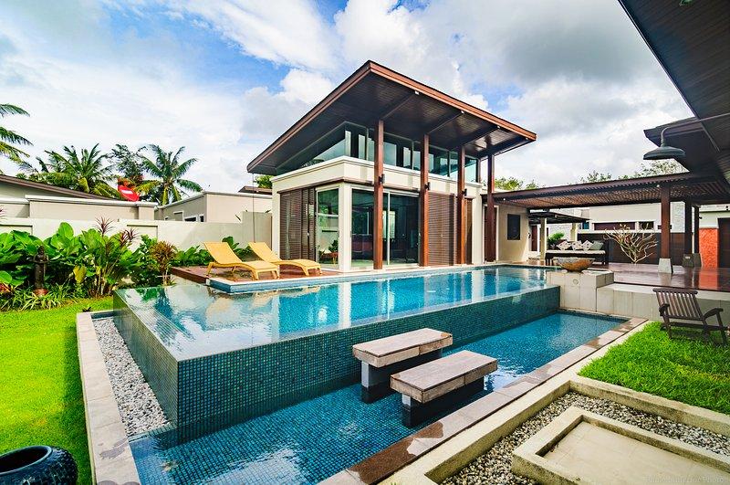 3-Bedroom Pool Villa with courtyard, holiday rental in Koh Kaew