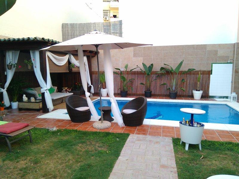Chillout piscina y jardín