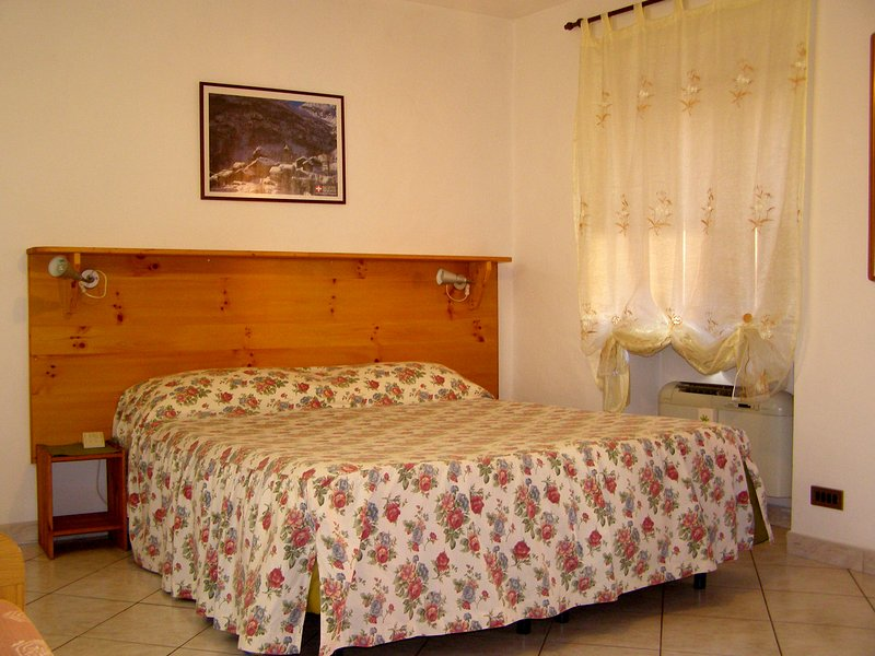 L Antico Borgo Standard Room/family, vacation rental in Caprie