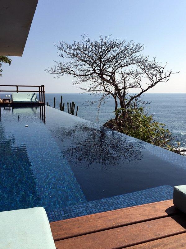 12 mètres de long piscine privée
