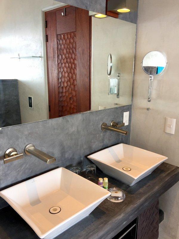 TURQUESA & Terracota chambres salle de bain partagée