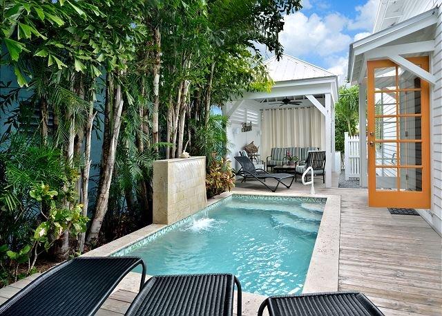 Chick-a-pea's Cottage sleeps 7 - pool