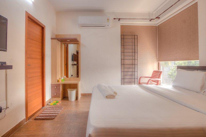 Master Room, vacation rental in Muttukadu