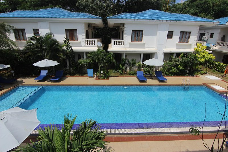 Two bedroom Row House at Casa Azure, Calangute/Candolim, Goa - RW 7, holiday rental in Calangute