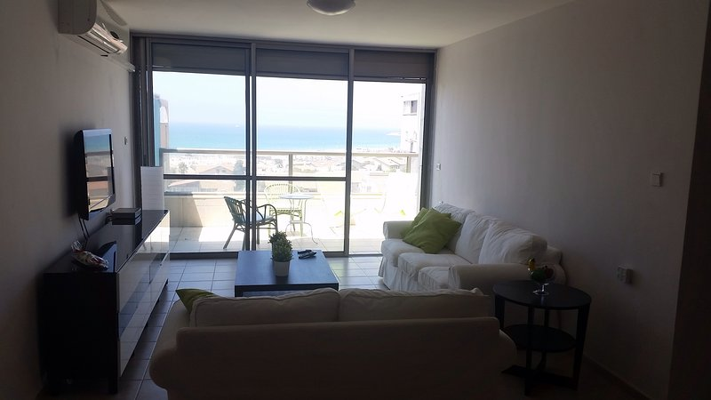 Clear sea view, holiday rental in Ashdod