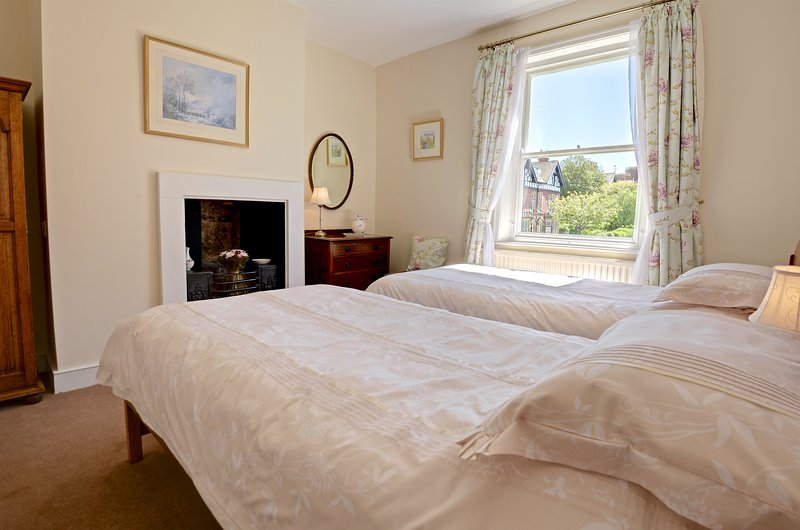 Light and airy, first floor twin bedroom adjacent to a shared bathroom