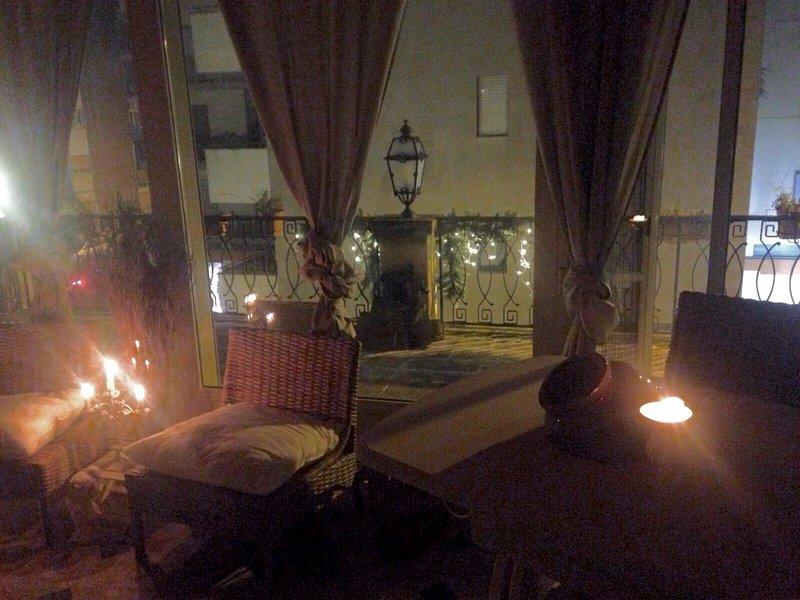 Attico con idro e camino Zenzero 2 piano con terrazzo, holiday rental in Putignano