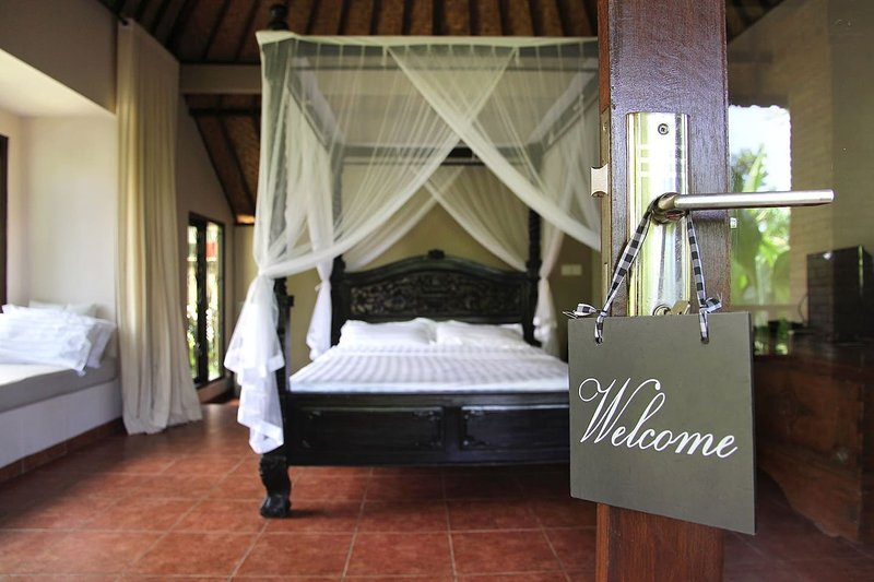 A tropical haven in the healing heart of Bali, holiday rental in Singakerta