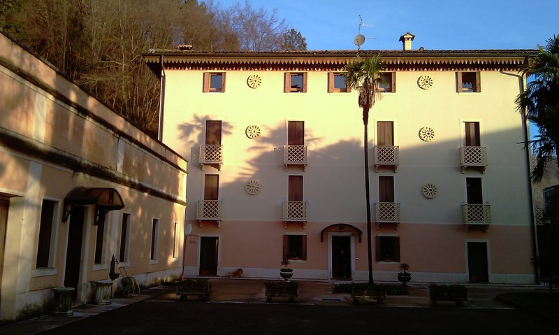 Appartamenti Alle Fonti, holiday rental in Carpesica