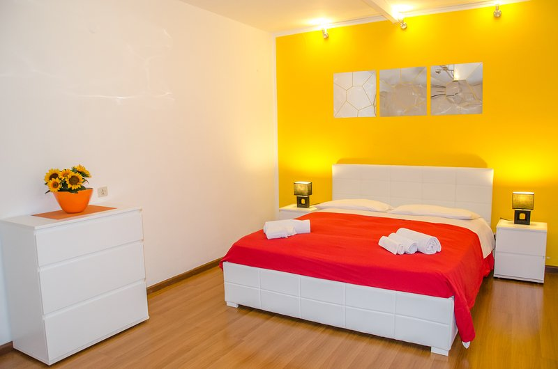 Apartment in Central Cagliari - WIFI + A/C, holiday rental in Isili