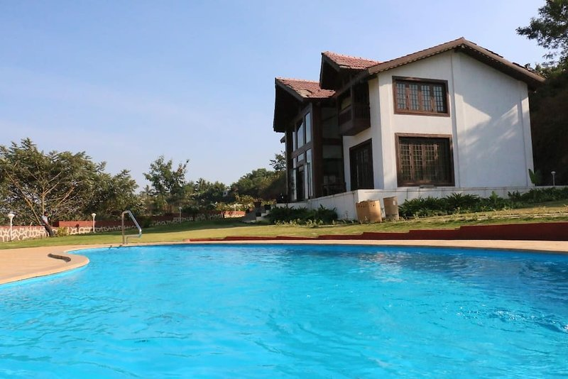 Villa 9, holiday rental in Pune District