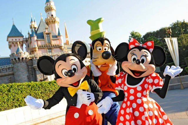 Disney Park just 10 minutes by car.