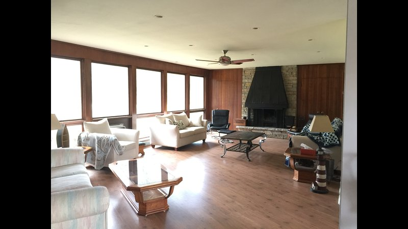 South Haven Lake House, holiday rental in Covert