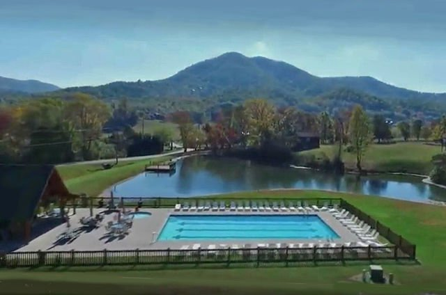 Free Swimming Pool access (just across the valley a ways...)
