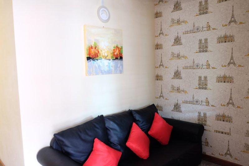 Natol Motel -Paris Home(R.1), holiday rental in Kuching