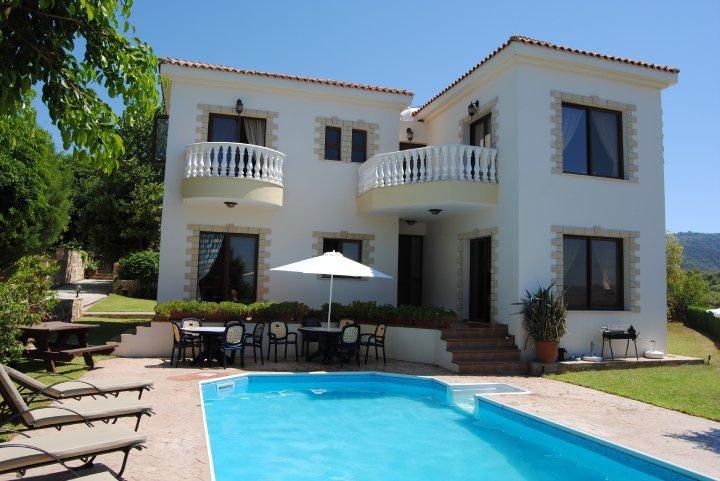 Sunray Villa, Argaka, holiday rental in Argaka