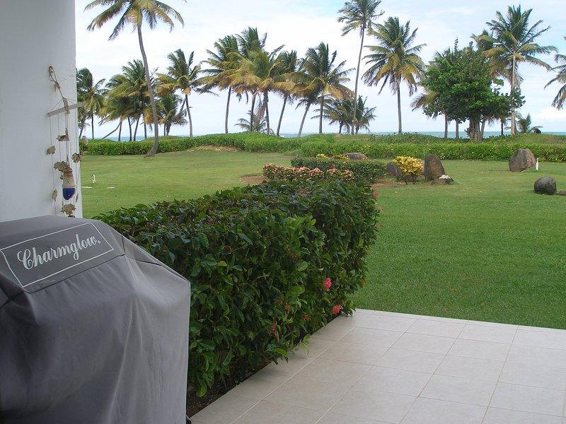 Beautiful View Beachfront Apartment at Rio Grande ,Puerto Rico, vacation rental in Rio Grande