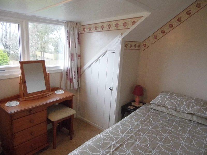 Single bedroom - 1st floor