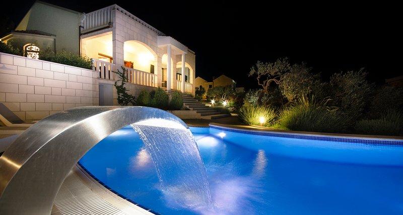 Villa MARINA, Luxueux 5 * Villa en Dalmatie, Makarska