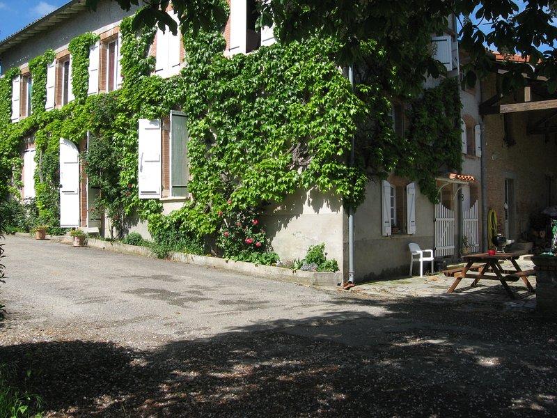 Gîte dans une ferme Lauragaise, aluguéis de temporada em Montgiscard