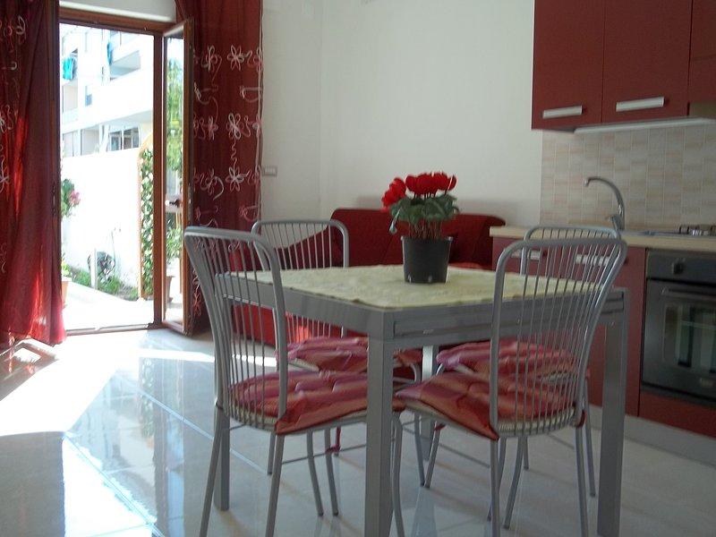Bilocale a Spadafora (Me), vacation rental in Orto Liuzzo