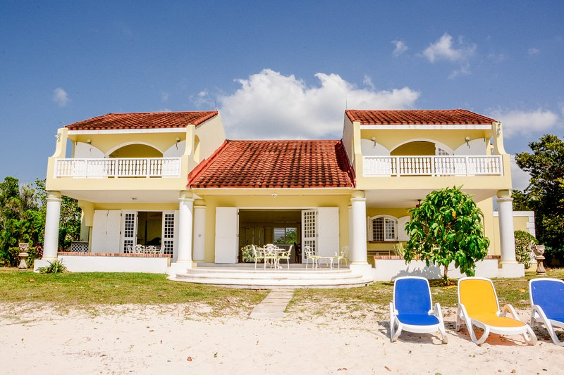 Negril Beach Villa, holiday rental in Westmoreland Parish