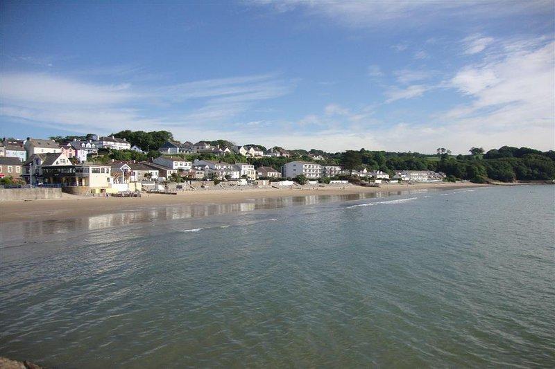Saundersfoot es un corto viaje en coche con súper playas.