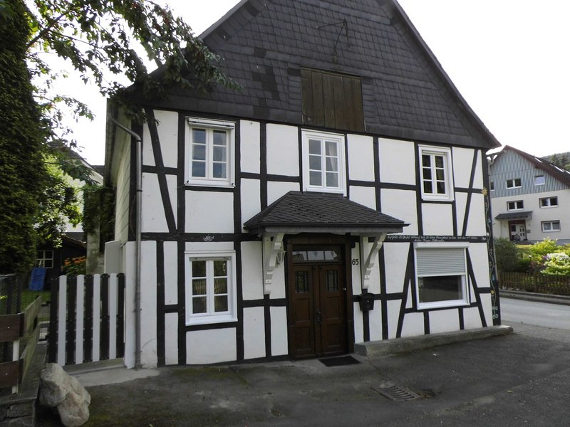 Ferienhaus Am Bach, holiday rental in Assinghausen