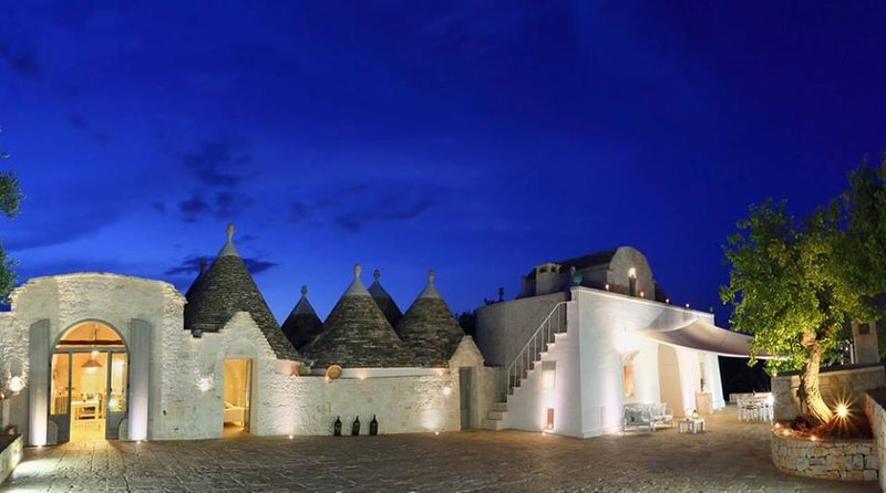 Masseria Gelso Bianco the ideal place for a luxury, relaxing dream holiday discovering Puglia!