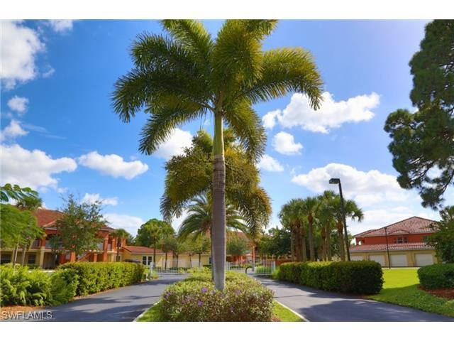 Mandolin Bay Villas - 1st Fl - Bright, Beautiful, Minutes to Beaches, Pool, WiFi, alquiler de vacaciones en Fort Myers