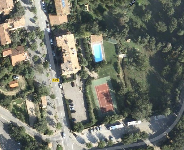 building - swimming pool - Parking - Tennis - orchard