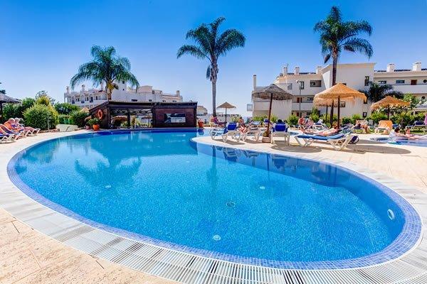 Het zwembad bar