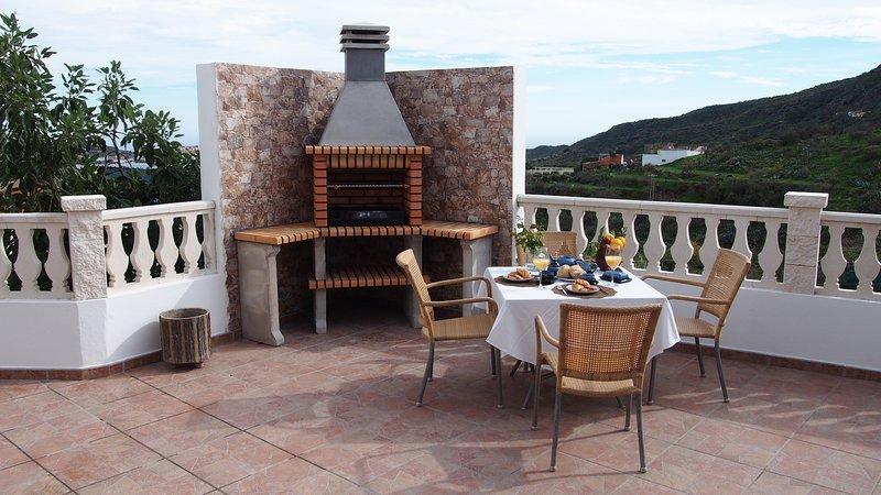 Casa de campo tranquila con barbacoa y excelentes vistas, holiday rental in Valsequillo