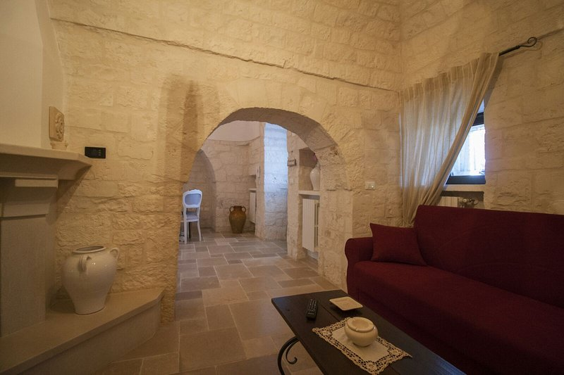 Casa Vacanza Trullo Demetra, holiday rental in Cisternino