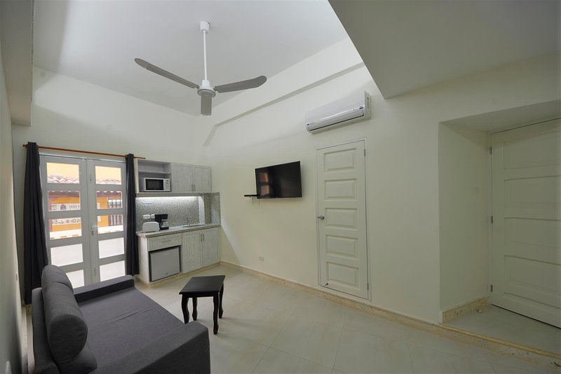 BEAUTIFUL ONE BDRM COMBINED WITH STUDIO = 2 BDRM APT!