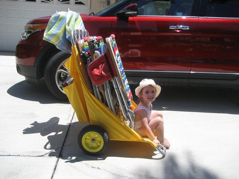 2 chariots pour transporter tout à la plage