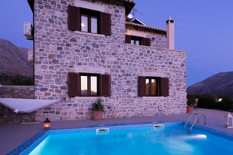 Villa Mirsini, holiday rental in Kerames