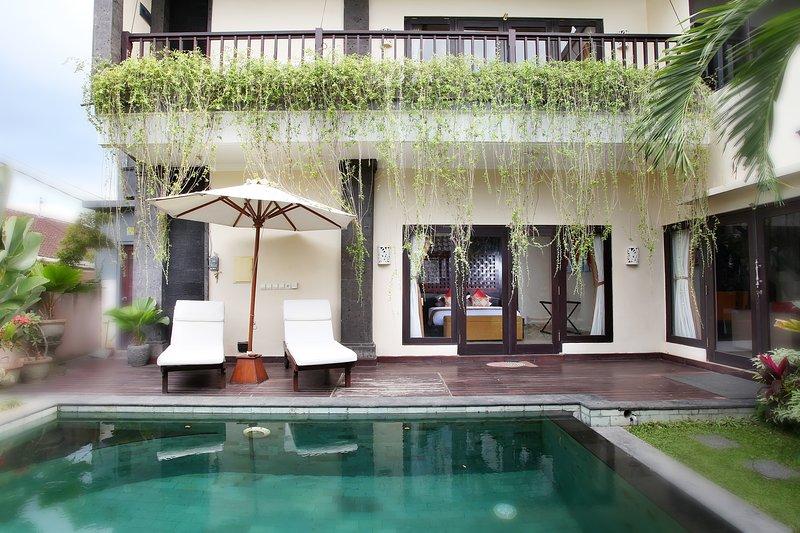2Bedroom Private Villa, holiday rental in Singakerta