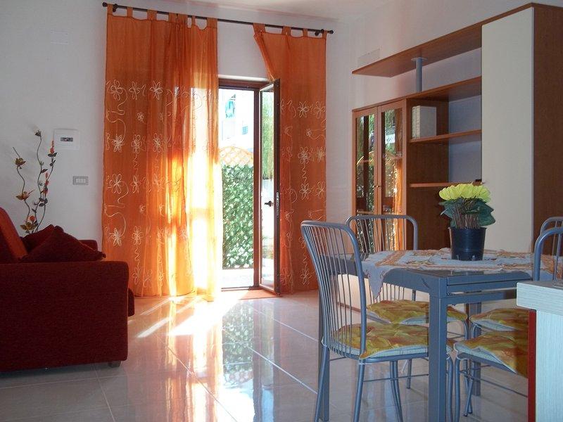Trilocale a Spadafora (Me), vacation rental in Orto Liuzzo