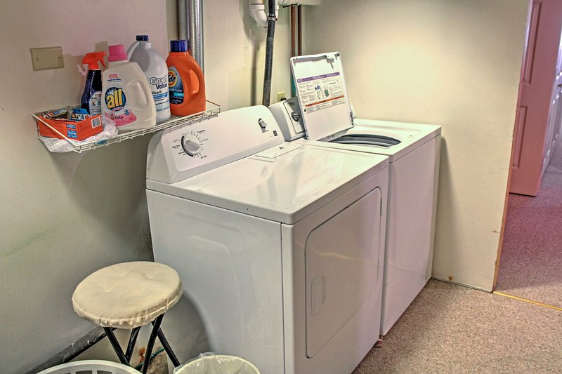 With in-unit laundry machines, you can keep your vacation wardobe fresh.