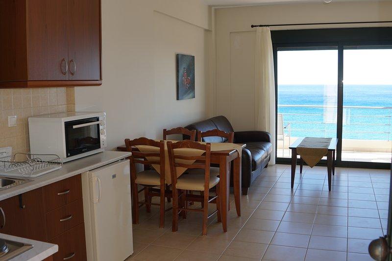 Portela Apartments B1/B2, casa vacanza a Keratokampos