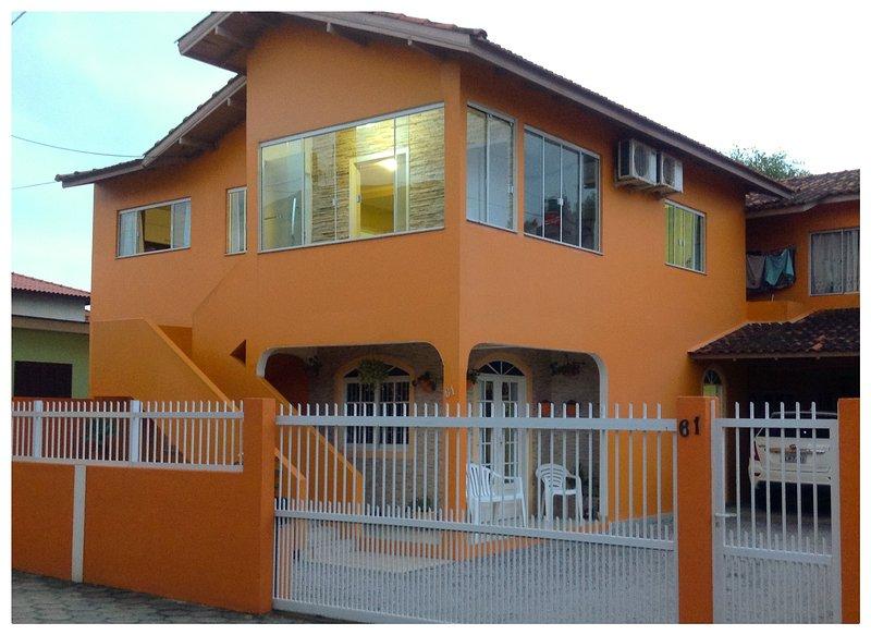 Residencial Ramos - Sobrado de 1 quarto para até 4 pessoas, vacation rental in Ingleses