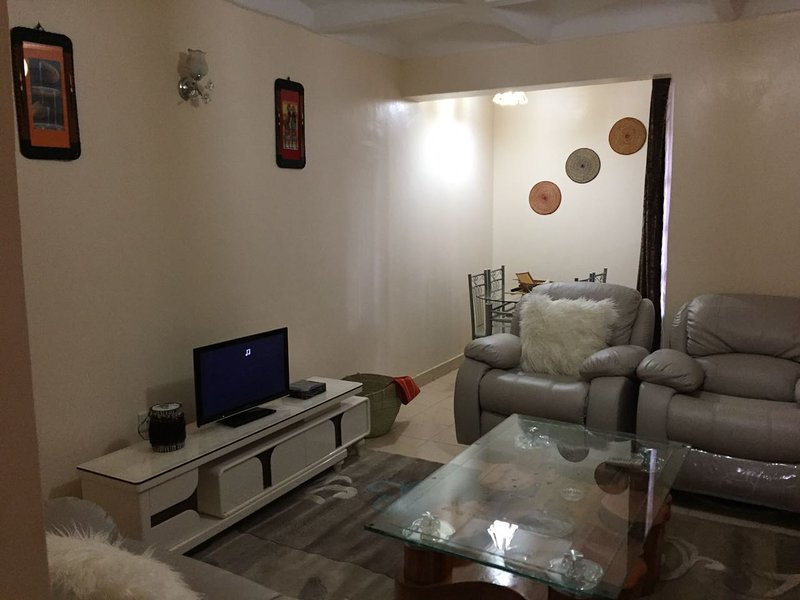 Cheap and luxurious  angel apartment, holiday rental in Nairobi