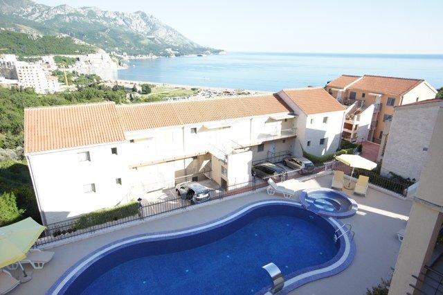 SEA-VIEW TWO BEDROOM  APARTMENT, alquiler de vacaciones en Municipio de Budva