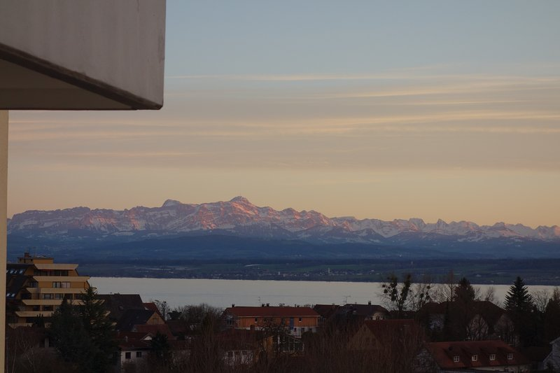 Fewo Alex - Große Ferienwohnung mit See und Alpenblick ****/DTV, Ferienwohnung in Meersburg (Bodensee)