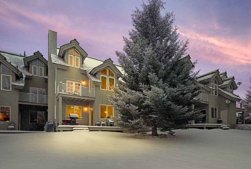 Powder Valley Town Home - close to Grand Targhee!- CANCELLATION SPECIAL, vacation rental in Driggs