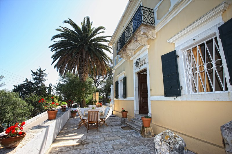 Manor House Constantina, vacation rental in Loggos