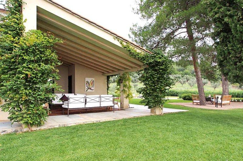 Outdoor garden terrace